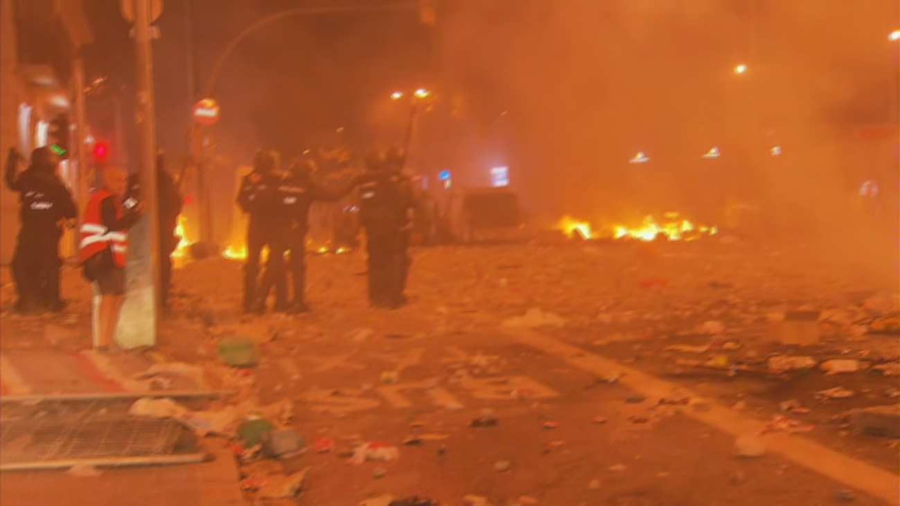 La vía Laietana, epicentro de la batalla de este viernes en Barcelona