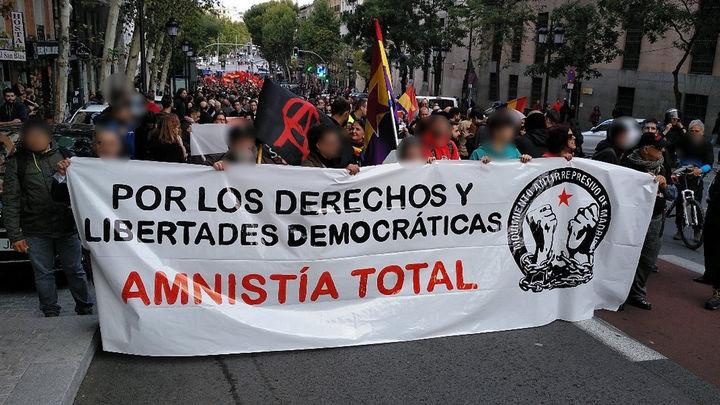 """Cientos de personas protestan en Madrid por la """"amnistía de todos los presos políticos"""""""
