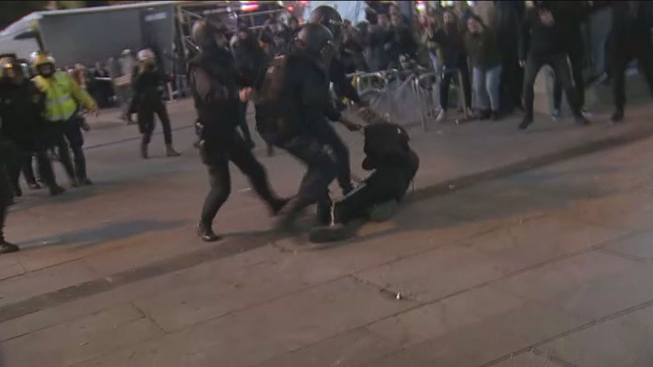 13 heridos y un detenido tras los altercados en Madrid