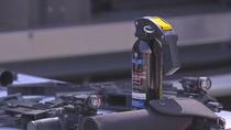 La prisión de Navalcarnero incorpora  sprays de autodefensa para sus funcionarios