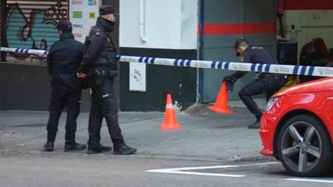La Policía busca al hombre que disparó a dos hermanos en Ciudad Lineal