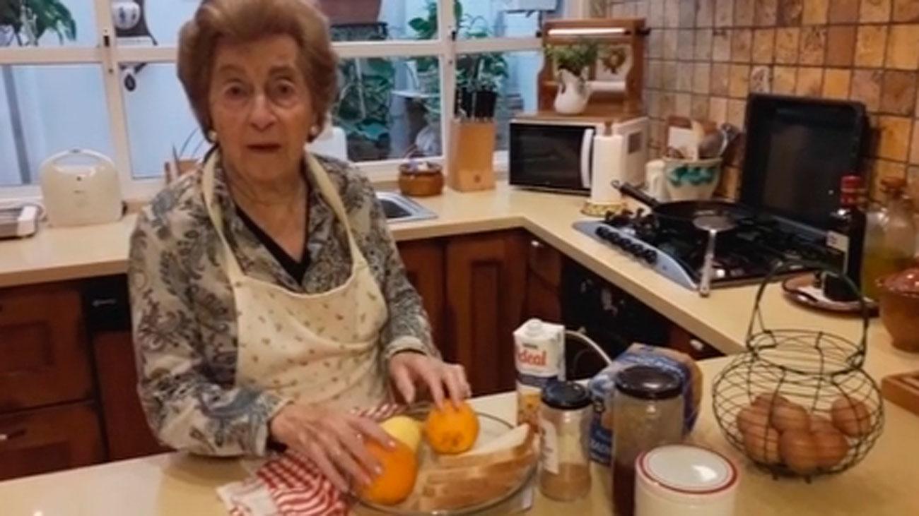 Influencer, y con mucho humor, a los 87 años