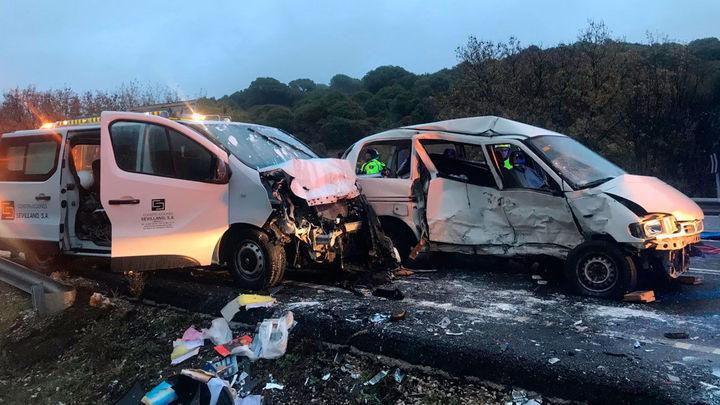 Siete heridos, uno de ellos grave, por el choque de dos furgonetas en Navas del Rey
