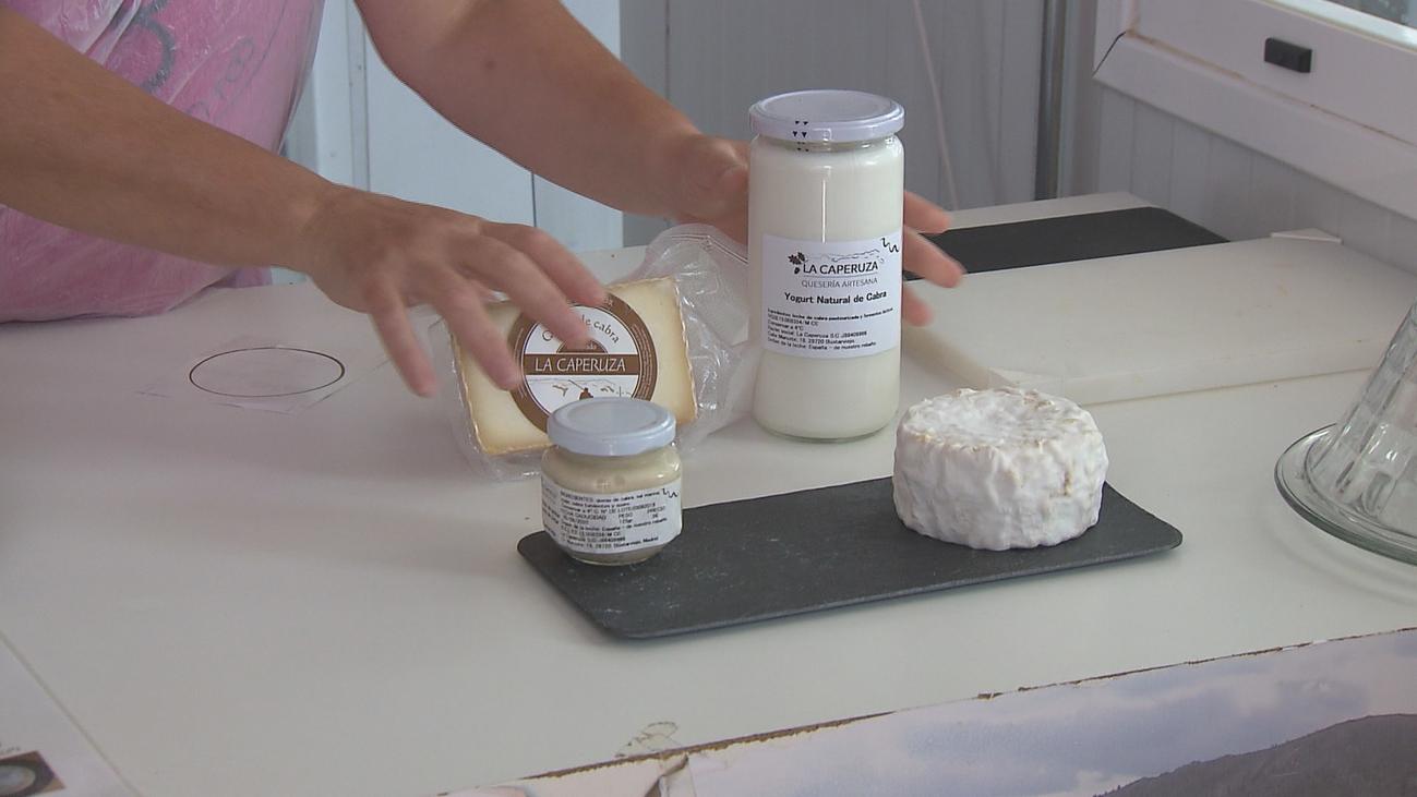 Las claves para elaborar un buen queso de cabra están en Bustarviejo