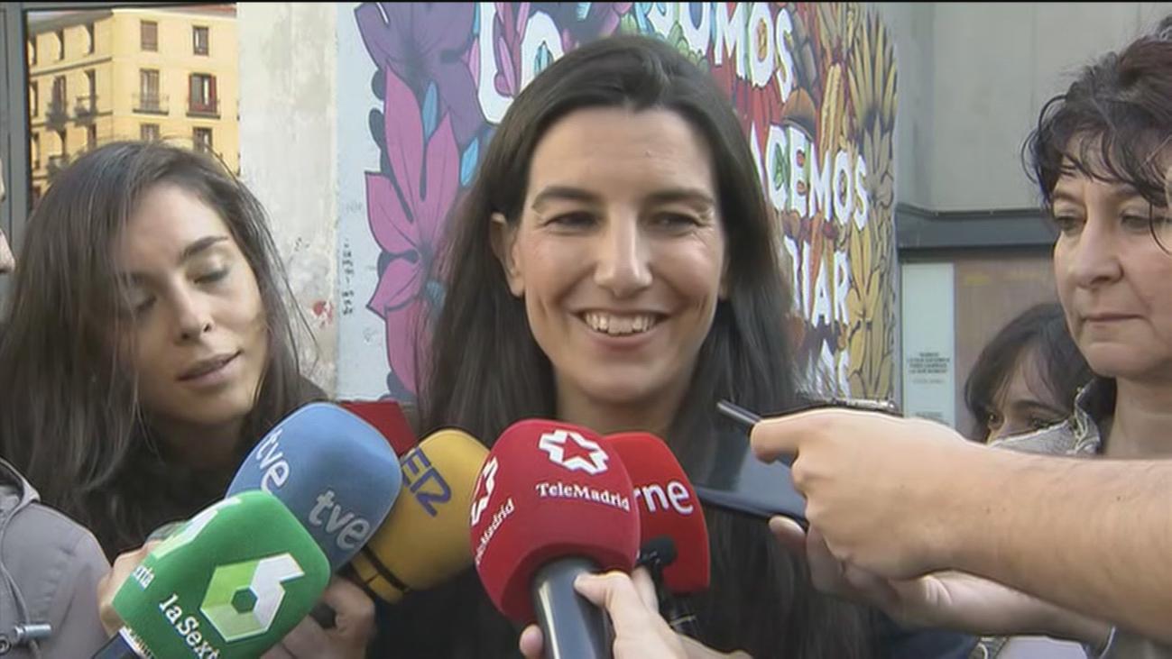 Monasterio califica de 'fake news' la noticia de El País que dice que firmó planos antes de ser arquitecta