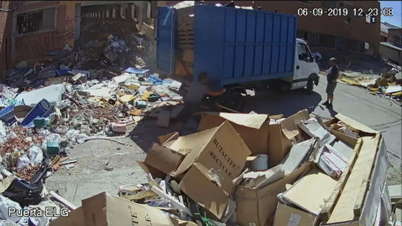 Humanes, al límite por los vertidos ilegales de escombros