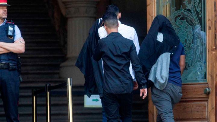 Condenan  a cinco acusados de la 'manada de Manresa' por abuso sexual a una menor