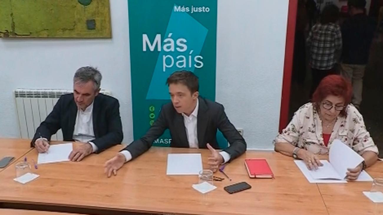 """Errejón acusa al PP de campaña sucia y Casado replica que juega limpio y que la izquierda """"embarra"""""""