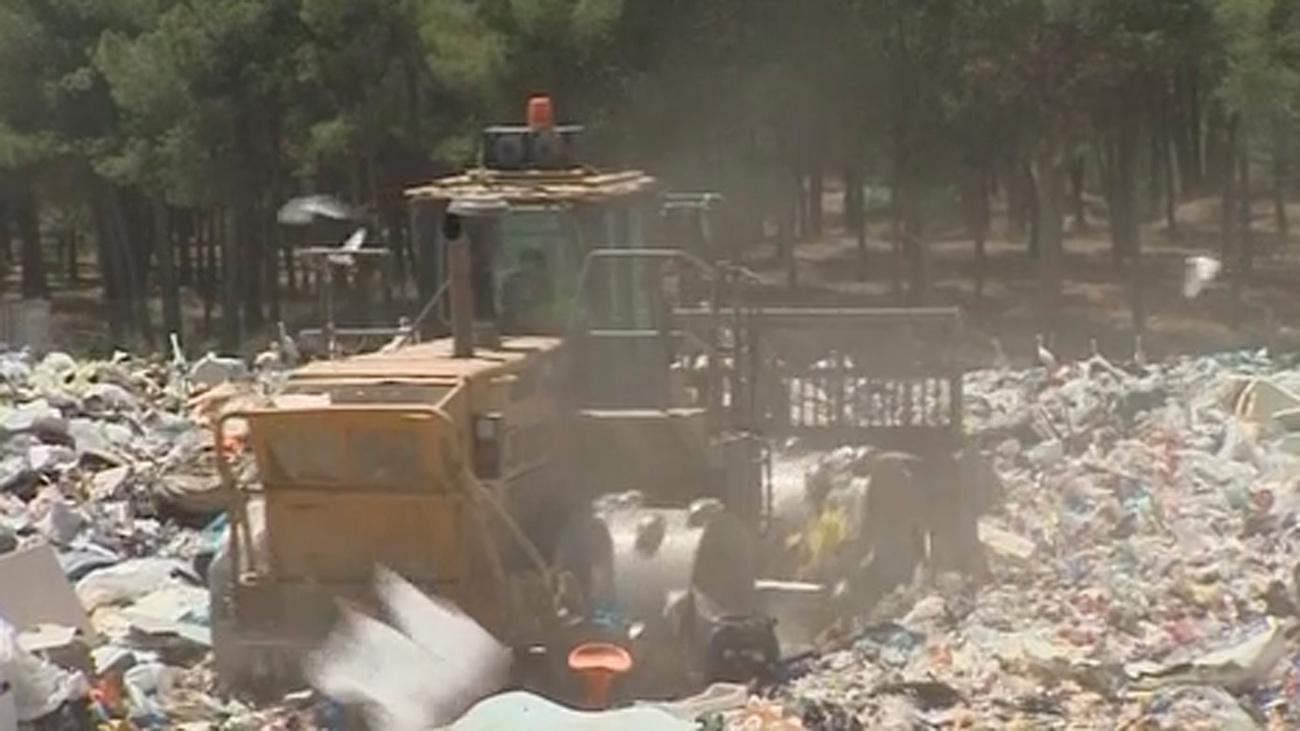 Sigue la polémica sobre dónde irán a parar los residuos de la Mancomunidad del Henares