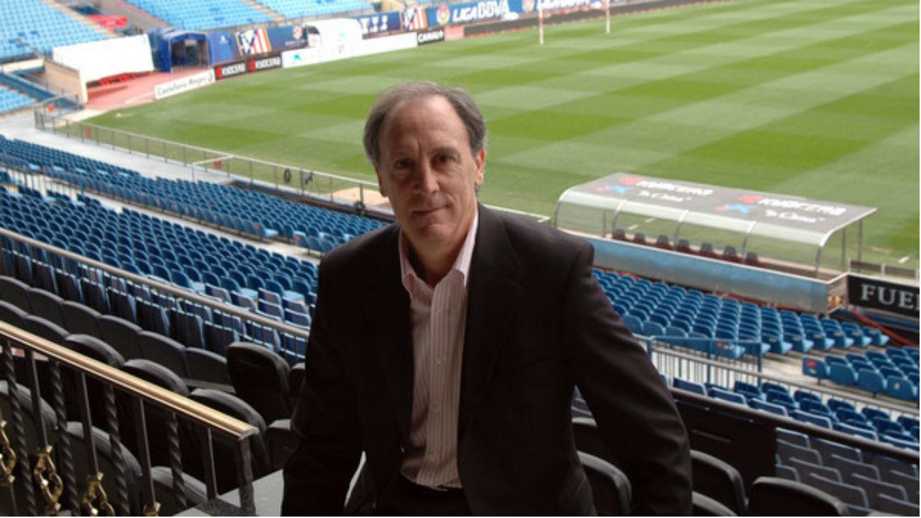 """Miguel Ángel Ruiz: """"Falta un segundo delantero que aporte goles"""""""