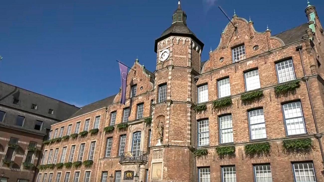 Visitamos el Altstadt, el casco antiguo de Düsseldorf
