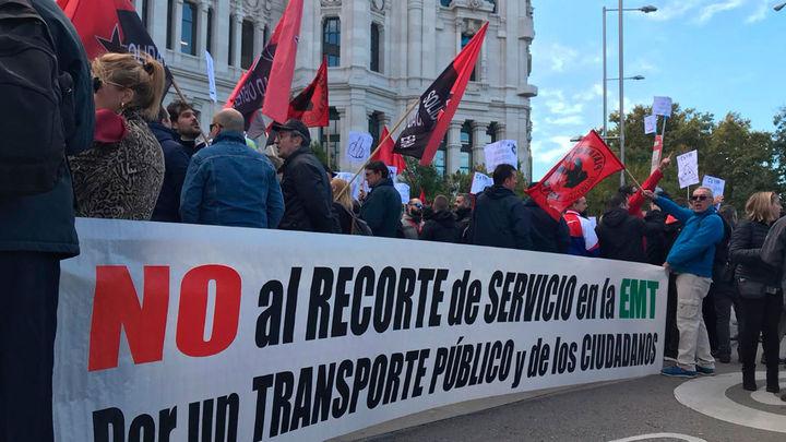 Los trabajadores de la EMT convocan cuatro paros en noviembre y huelga de 24 horas el 3 de diciembre