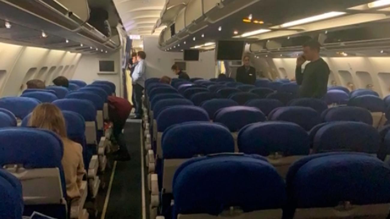 Una falsa alarma activa el protocolo de secuestro en un avión proveniente de Amsterdam