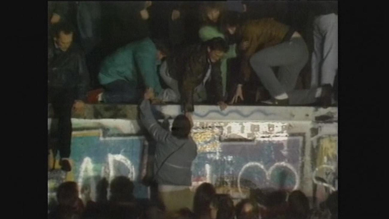 Una rueda de prensa desencadenó hace 30 años la caída delMuro de Berlín