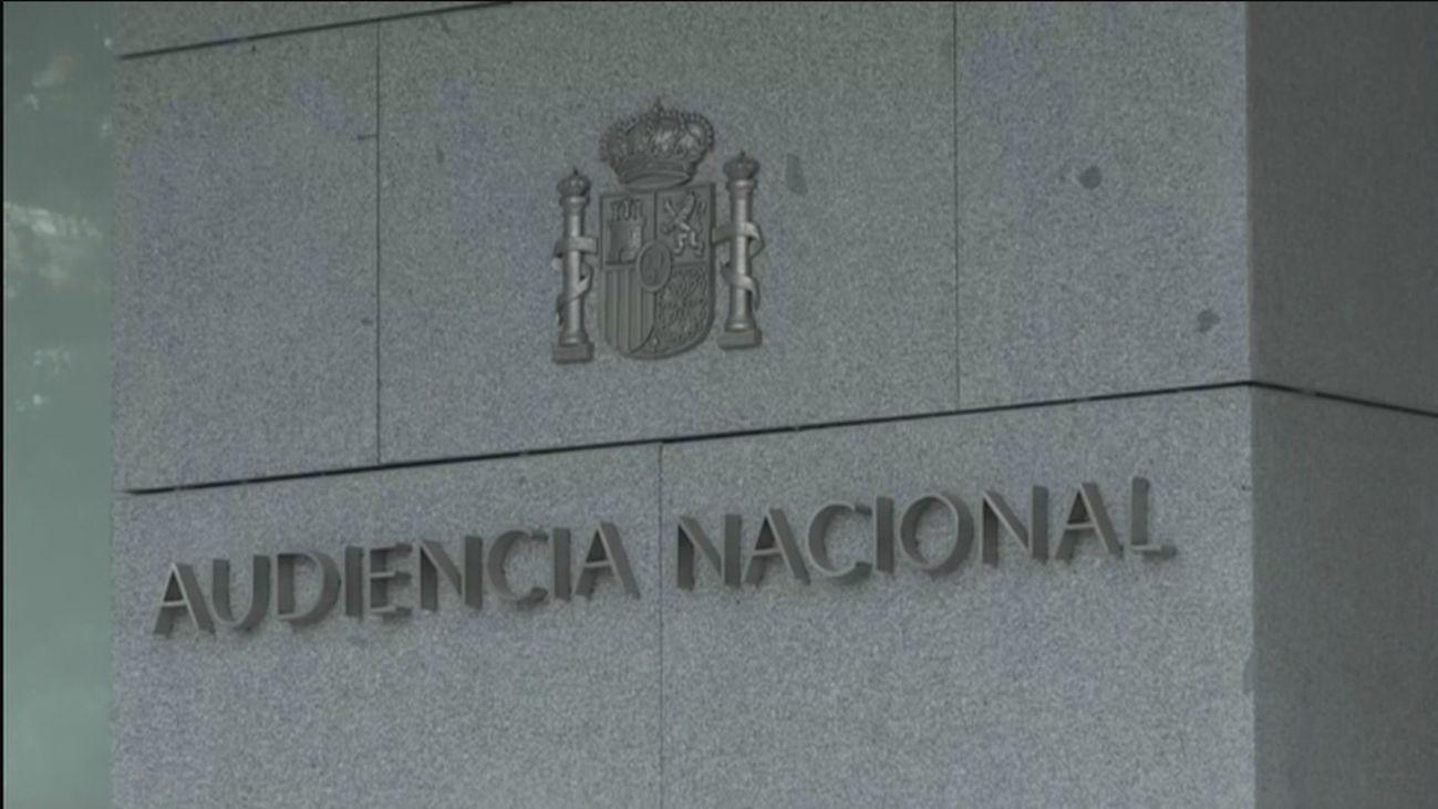 El juez imputa a Luis Gálvez, propietario de Ploder, que según Bárcenas entregó 60.000 euros para la campaña de Aguirre