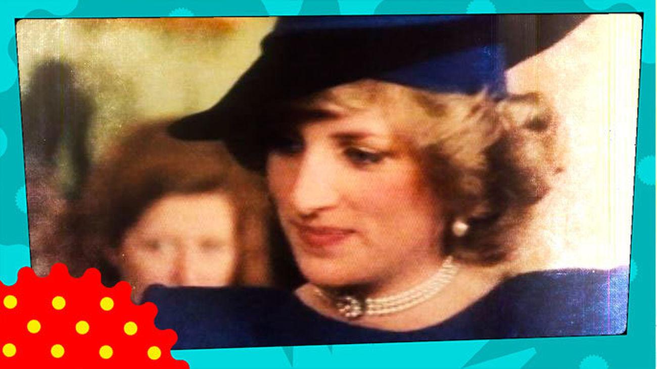 La Reina Isabel II realizó un exorcismo para ahuyentar al espíritu furioso de Diana