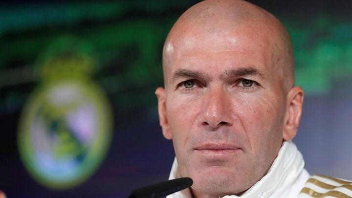 Zidane vuelve a hablar de Bale y James