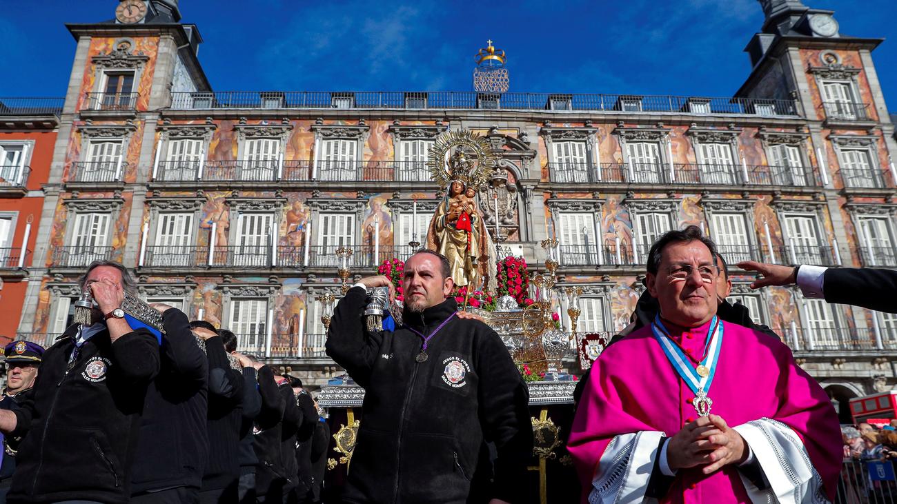 Retransmisión de la misa y procesión de la Virgen de la Almudena (parte 2)