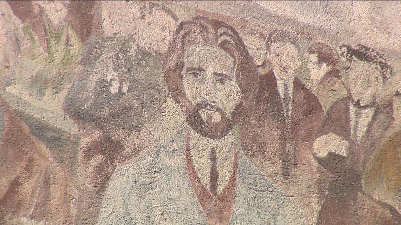 El mural de Cascorro recuperará su color original