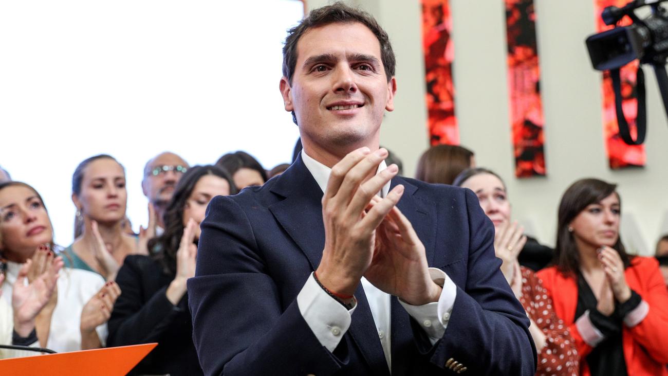 """Albert Rivera: """"Dimito como presidente para que un congreso extraordinario elija el futuro de Ciudadanos"""""""