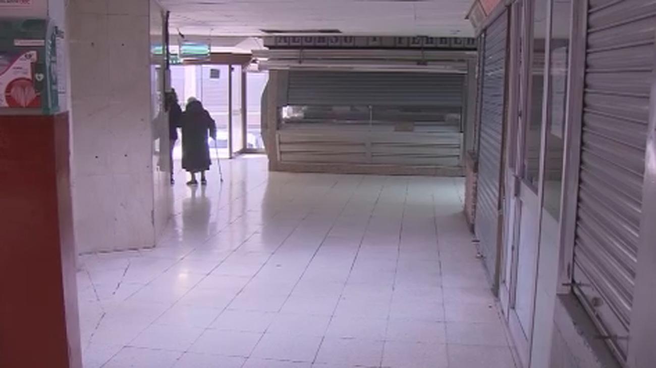 El Mercado de La Elipa cierra tras más de 50 años de historia víctima de una denuncia vecinal