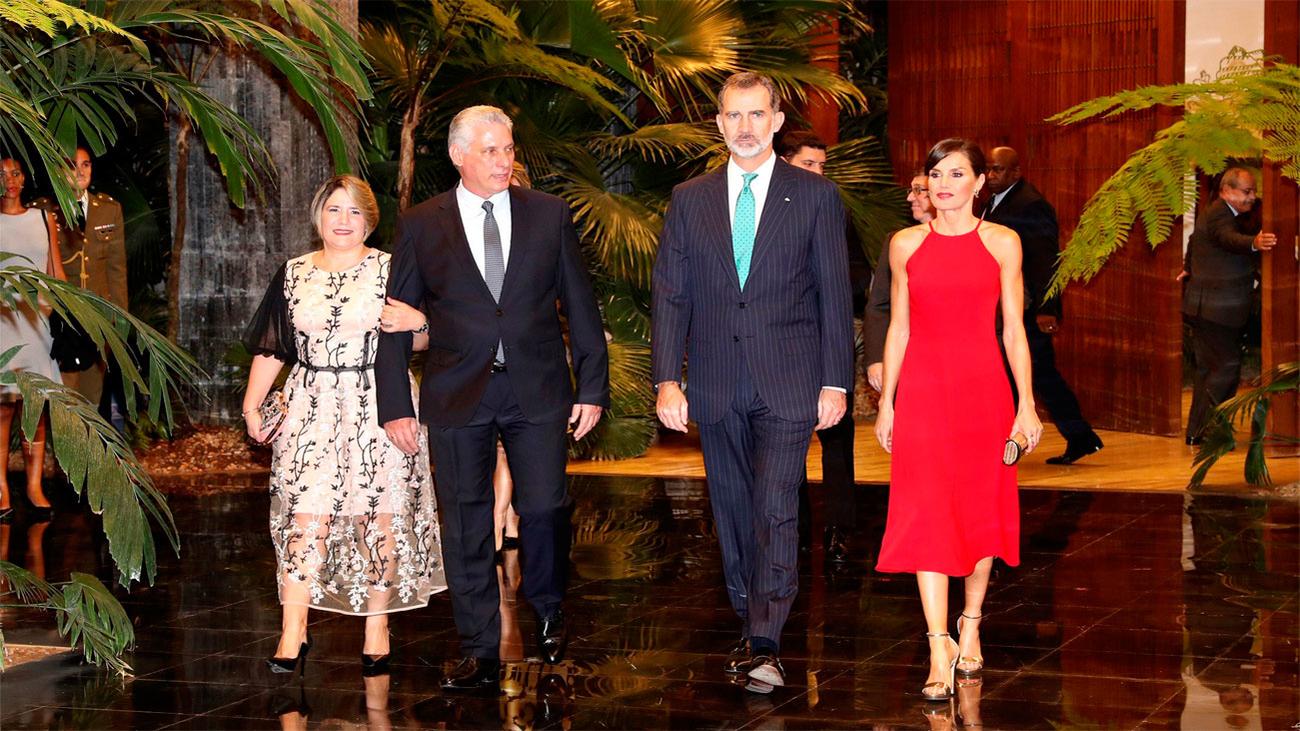 Cena oficial en honor de los Reyes con Miguel Díaz-Canel y su esposa de anfitriones