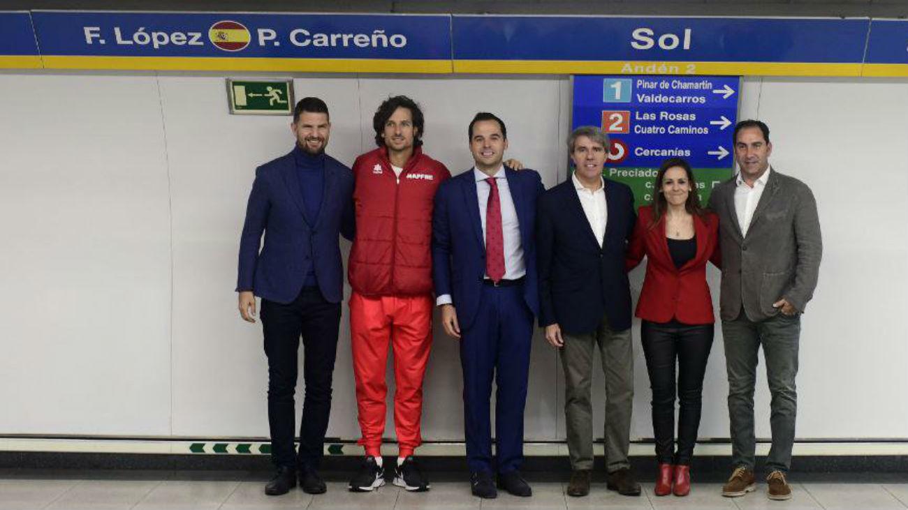Metro homenajea a los equipos de la Copa Davis en la línea 3