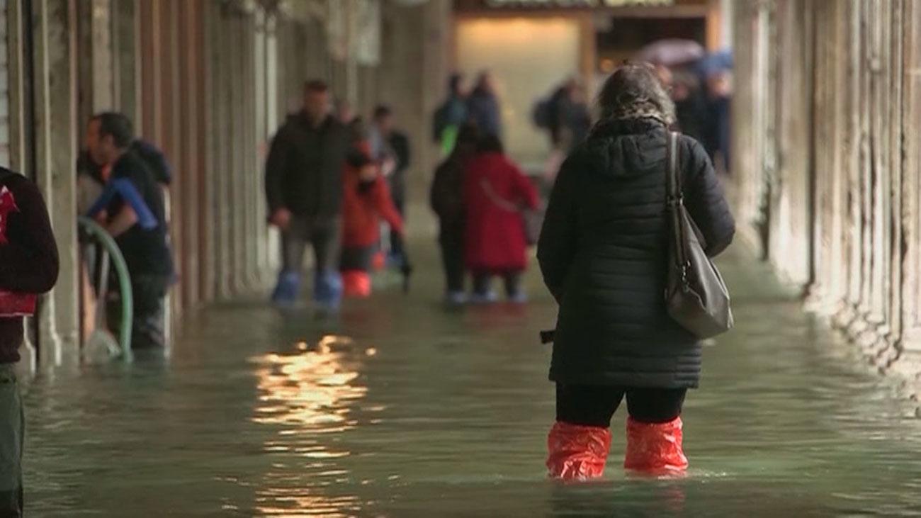 Venecia sufre la segunda peor inundación de su historia