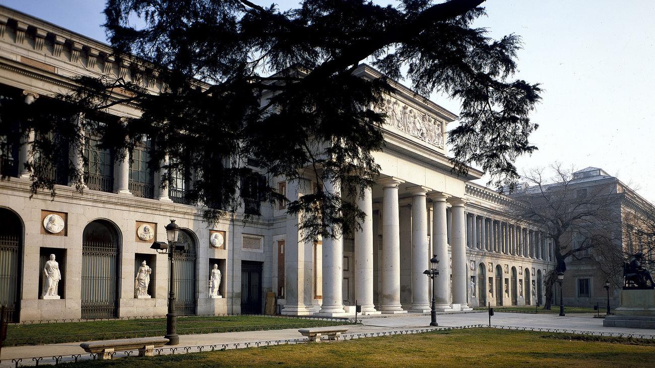 Museo del Prado - Puerta de Velazquez
