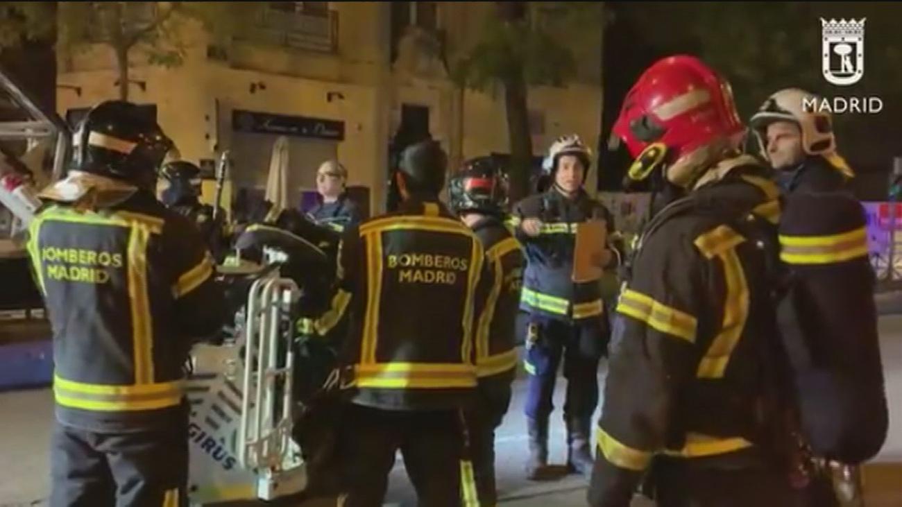 Desalojan un edificio en la calle Alcalá por acumulación de gas en una vivienda
