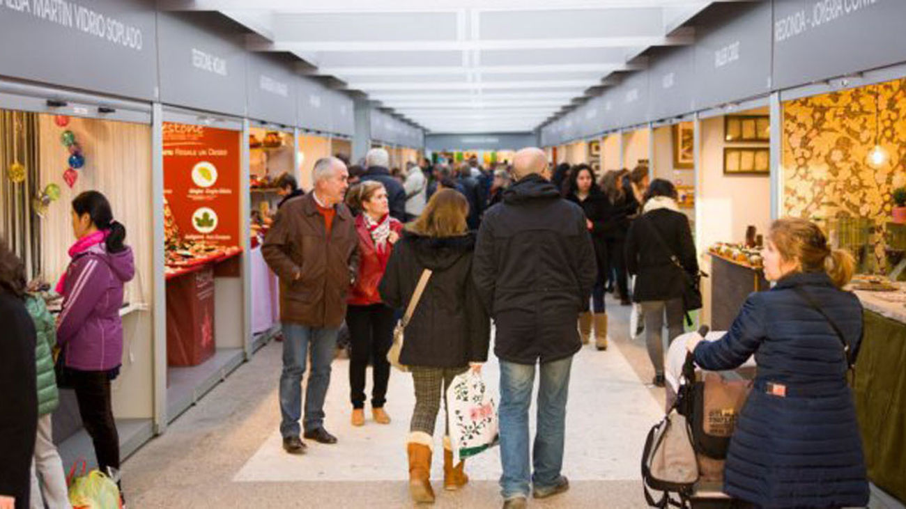 Feria de artesanía navideña