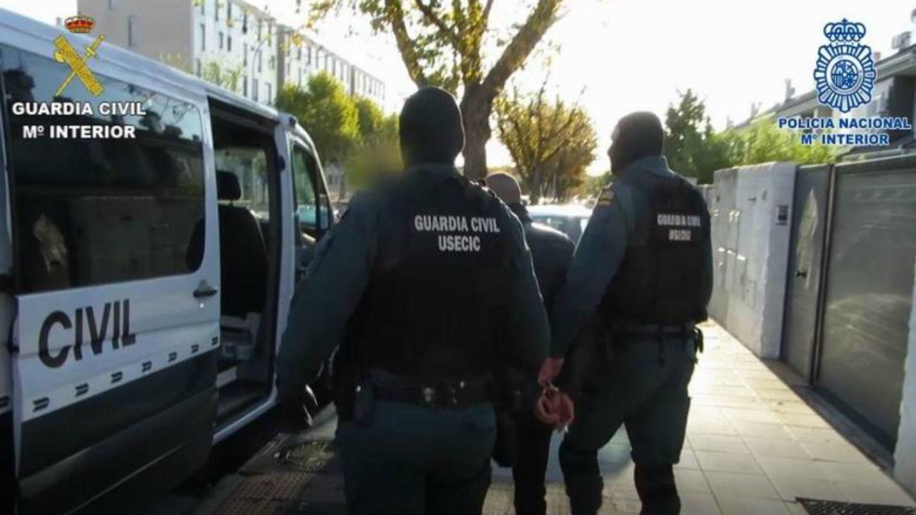 Dos detenidos en Parla por robar a empresarios chinos con el 'mataleón'