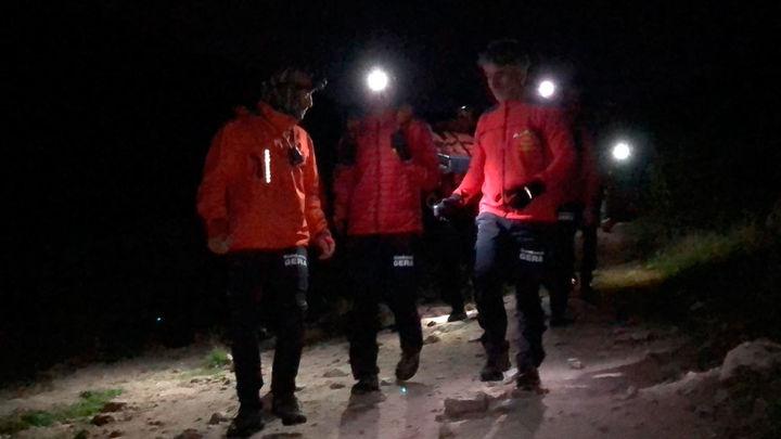 El GERA de los Bomberos rescata a un niño y a un grupo de scouts en La Pedriza