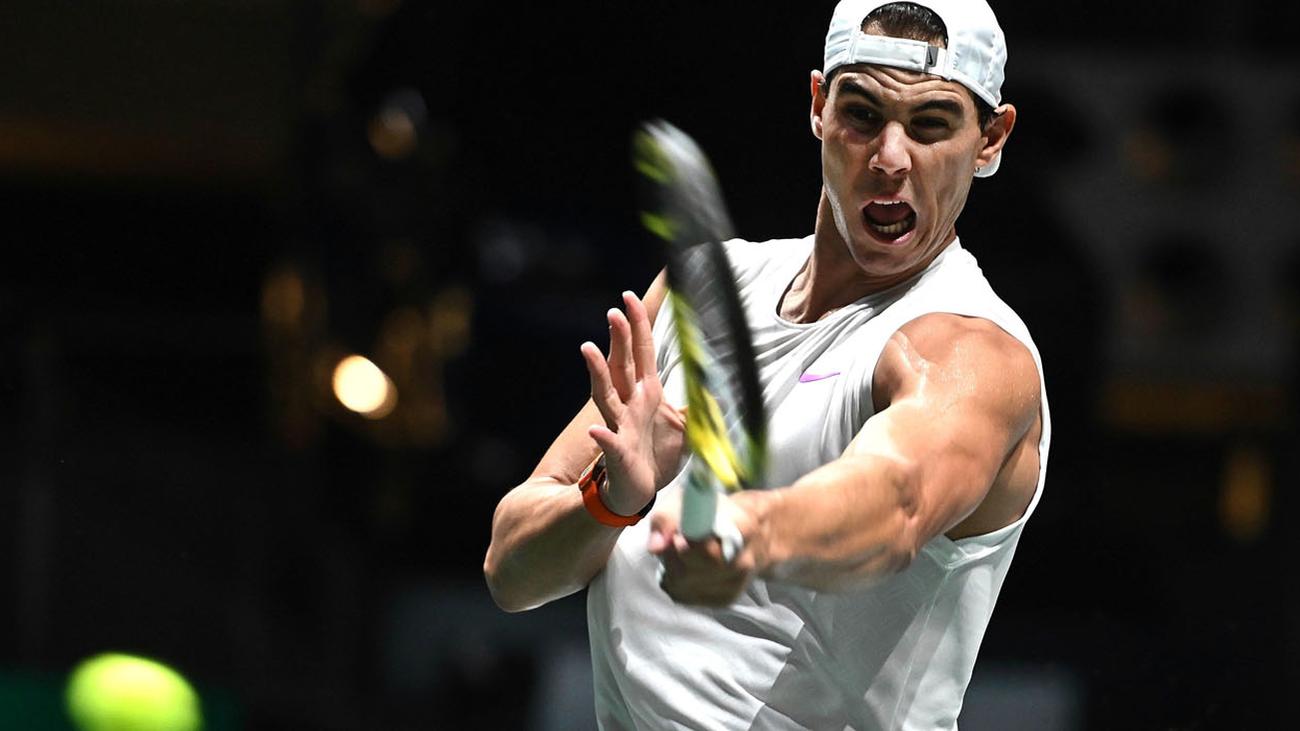 Restricciones y cortes por la Copa Davis