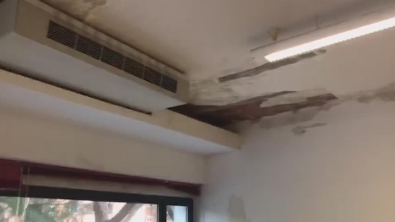Con goteras y sin calefacción en un centro ocupacional de Coslada