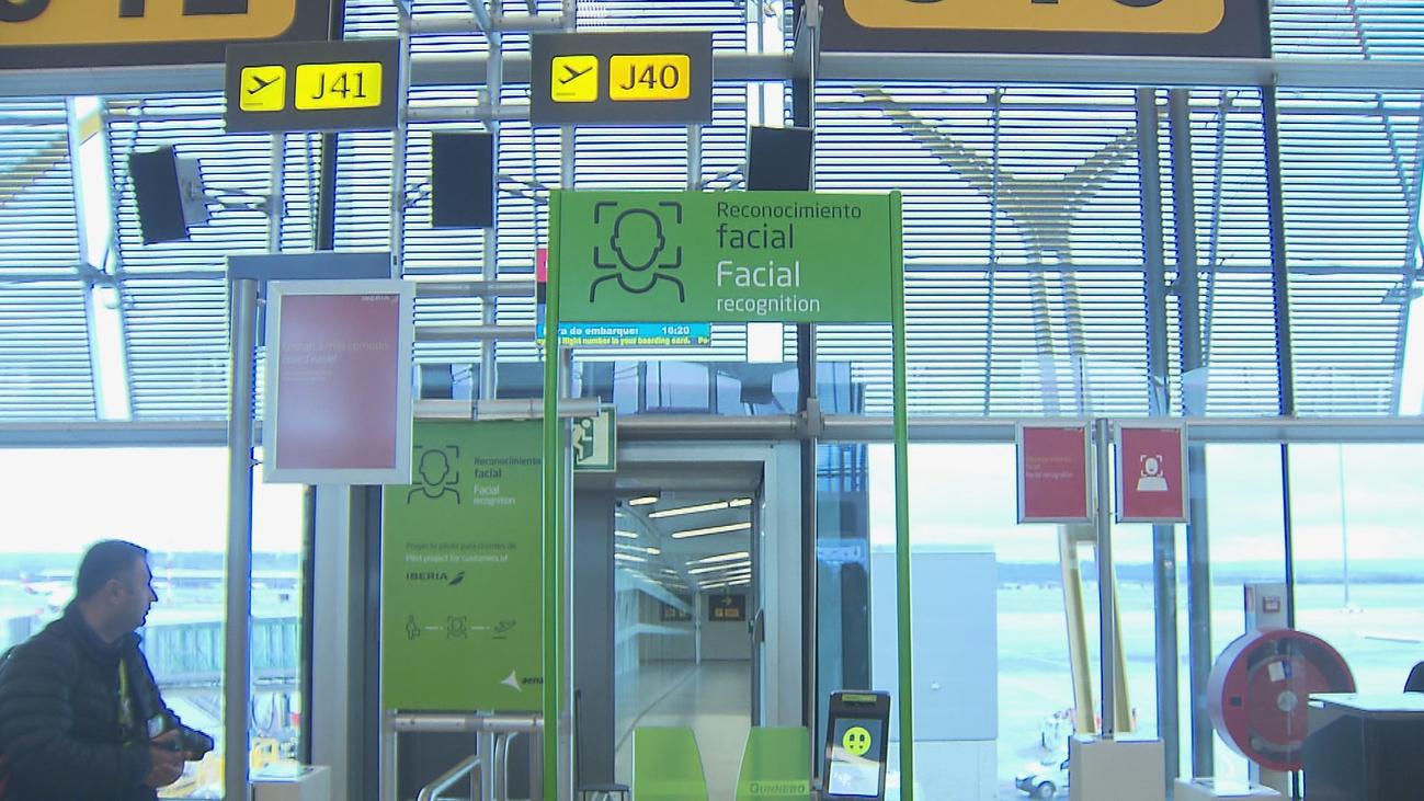 Volar por la cara ya es posible en Barajas