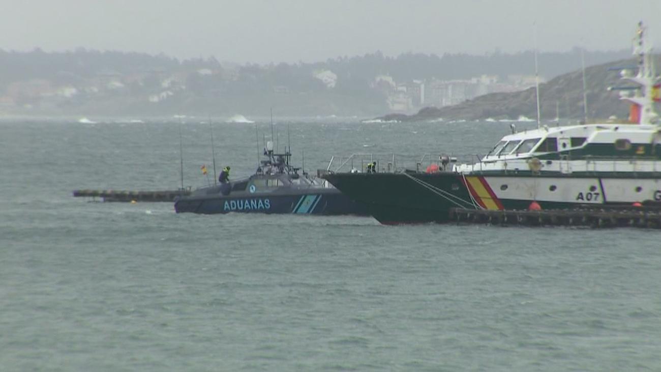 Interceptan un submarino con unos 3.000 kilos de cocaína en la costa gallega