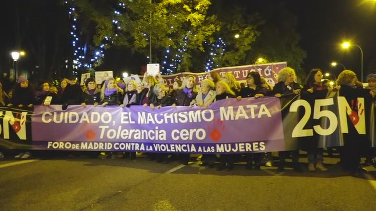 Miles de personas marchan en Madrid contra la violencia de género