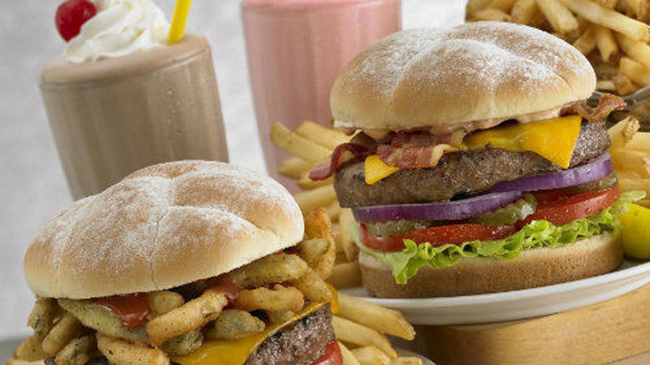 Los 'alimentos droga' que no puedes dejar de comer