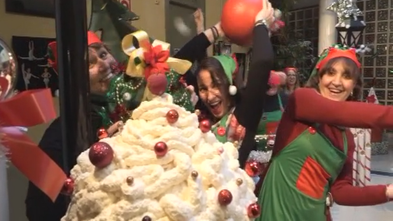 Las 'elfas de Algete' decoran el municipio con sus propias manos