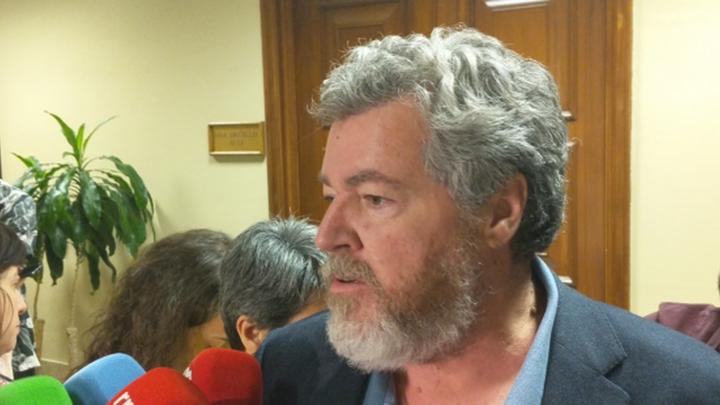 """Juan López de Uralde: """"Las energías renovables son la única estrategia para bajar la luz"""""""