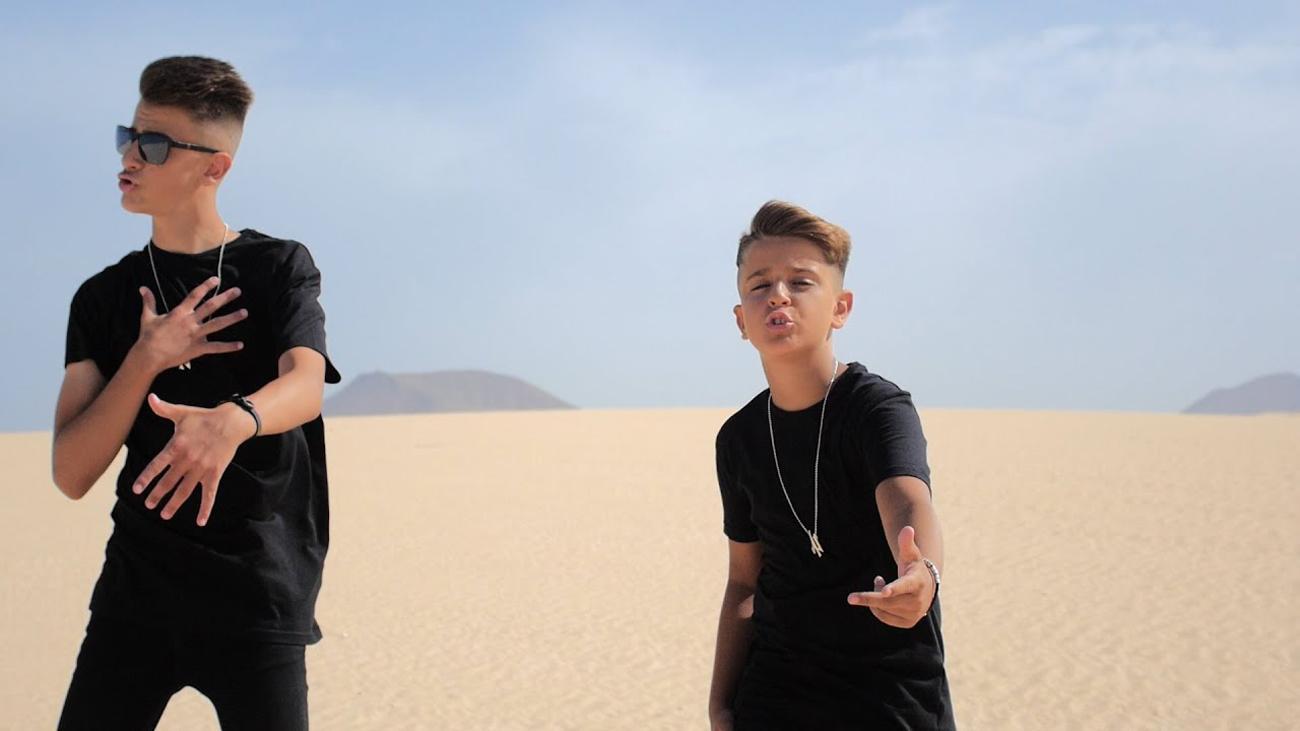 Adexe y Nau , el fenómeno viral  musical llega al Wizink