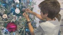 """La Fundación Aladina enciende su árbol de los deseos con cuatro niños """"guerreros"""" con cáncer"""
