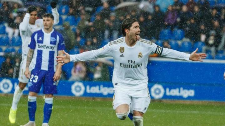 1-2. El Real Madrid gana al Alavés un encuentro muy sufrido