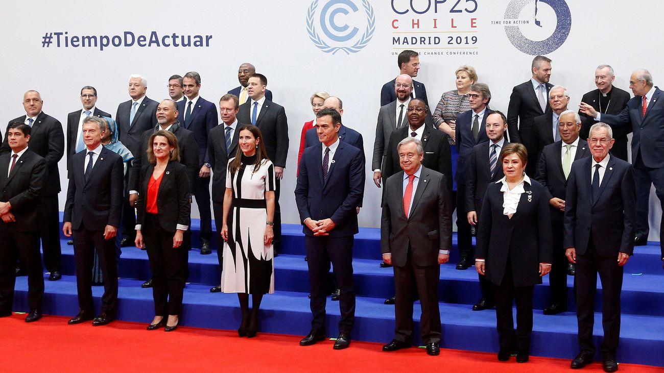 Foto de familia de los líderes políticos que han acudido a la COP25