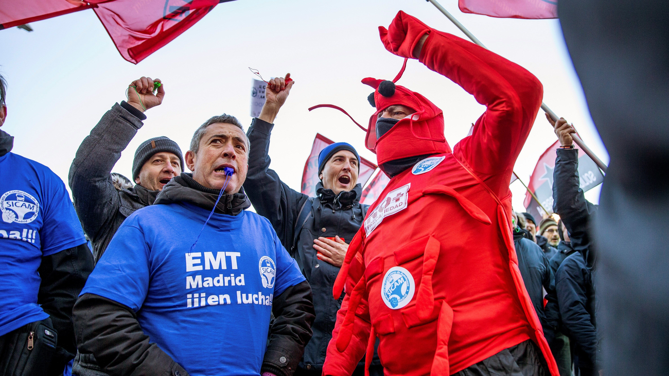 Almeida insiste en el fin de la huelga en la EMT si los trabajadores quieren negociar