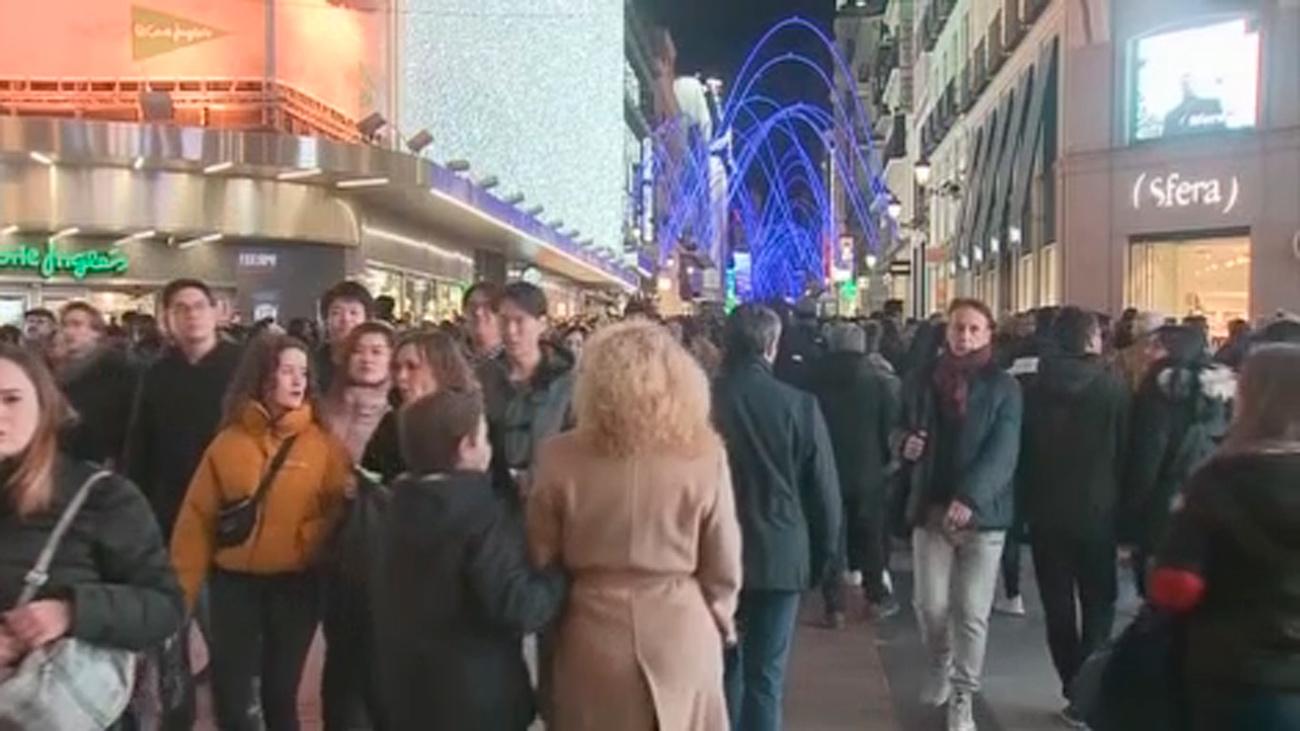 Madrid refuerza con 198 personas la limpieza esta Navidad y advierte de cortes de tráfico en el centro