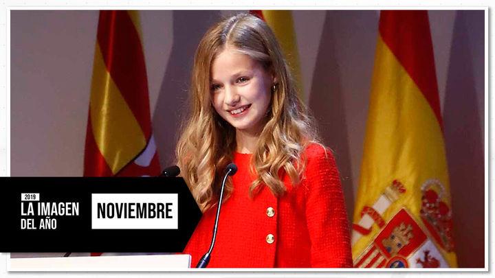 Noviembre: Primeros pasos de la  princesa Leonor en la escena pública