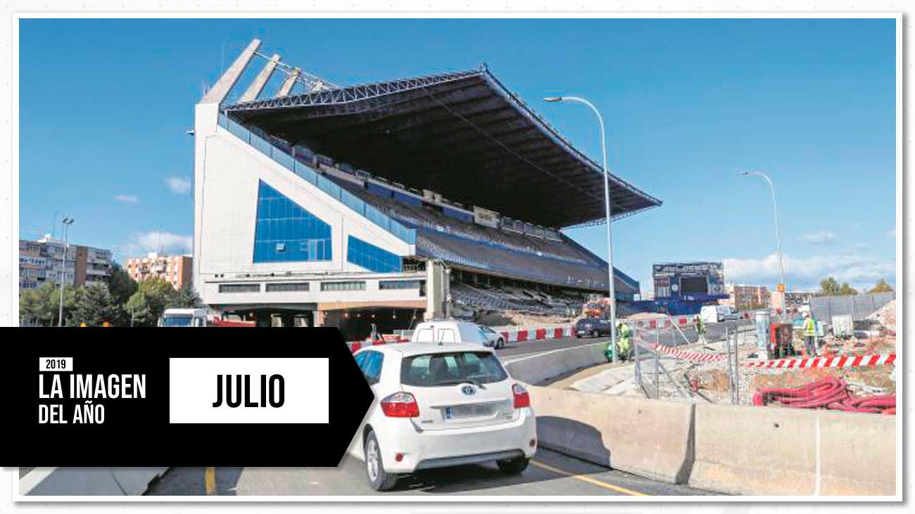 La M30, a su paso por lo que queda del Vicente Calderón