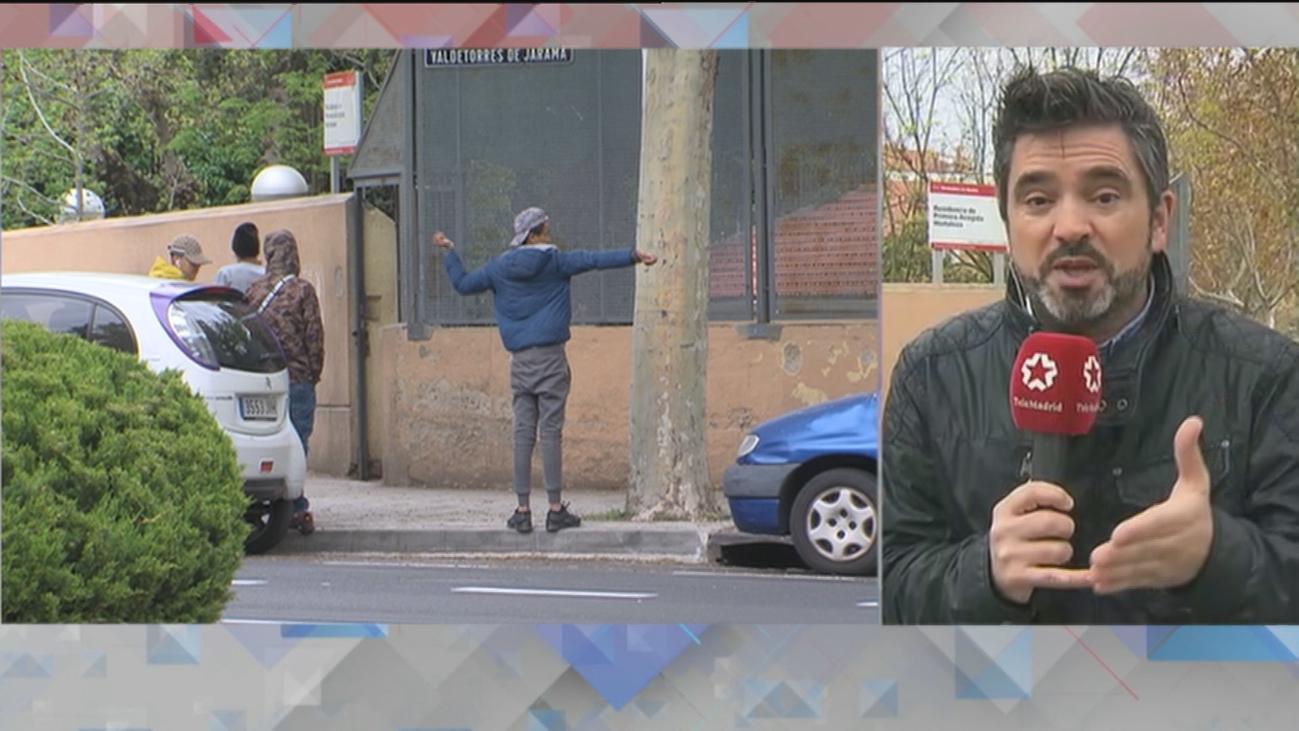 Desalojado el centro de menas de Hortaleza tras encontrarse un paquete con una granada